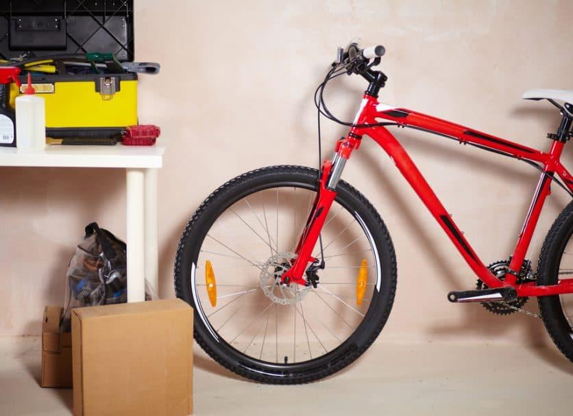 fietsen in de schuur